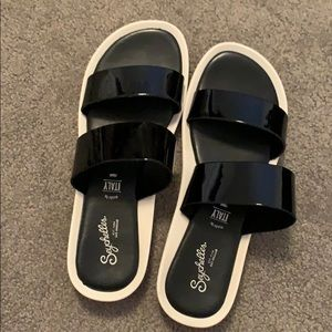 Seychelles sandals black patent leather size 8.5